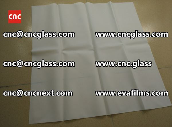 Laminated safety glass EVA-based densely cross-linked interlayer (10)