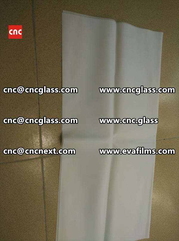 Laminated safety glass EVA-based densely cross-linked interlayer (6)